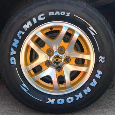 Pintura de Roda Blazer Dourada diamantada