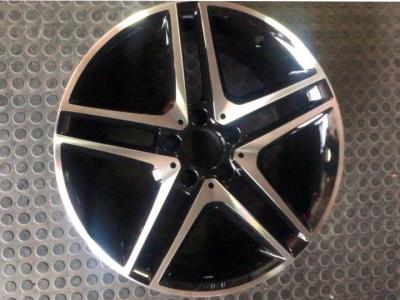 Roda Mercedes com pintura Cinza fênix diamantadas